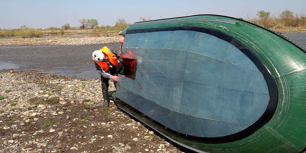Прочное дно новой лодки